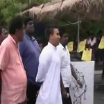 Namal hooted down by Port employees
