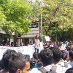 Moratuwa Students agitate against budget proposals